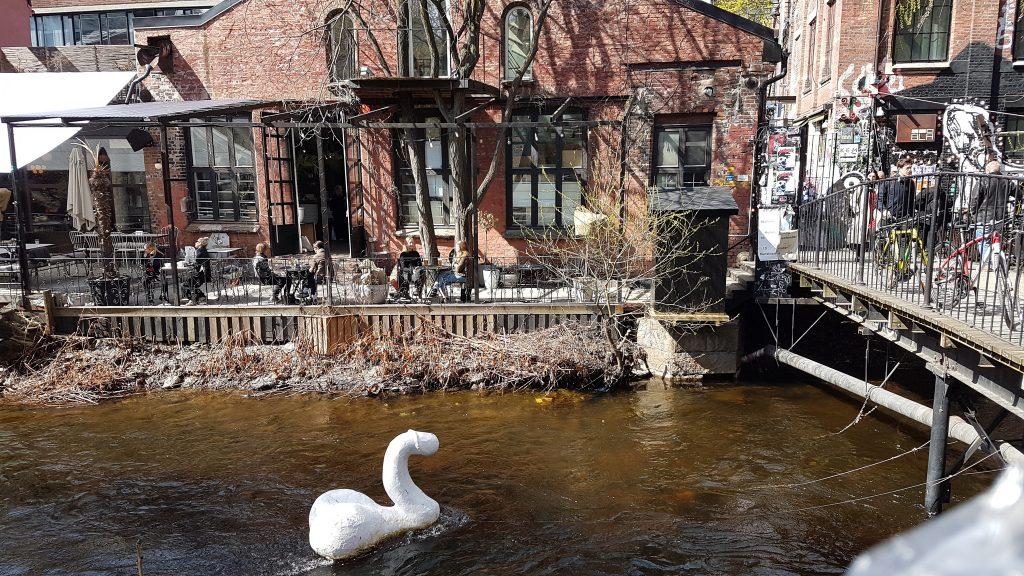 Rieka Akerselva pretekajúca Oslom